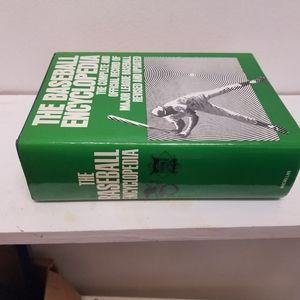 The Official Encyclopedia Baseball 1973 book mlb v